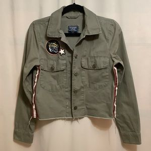 Abercrombie & Fitch cropped military style jacket